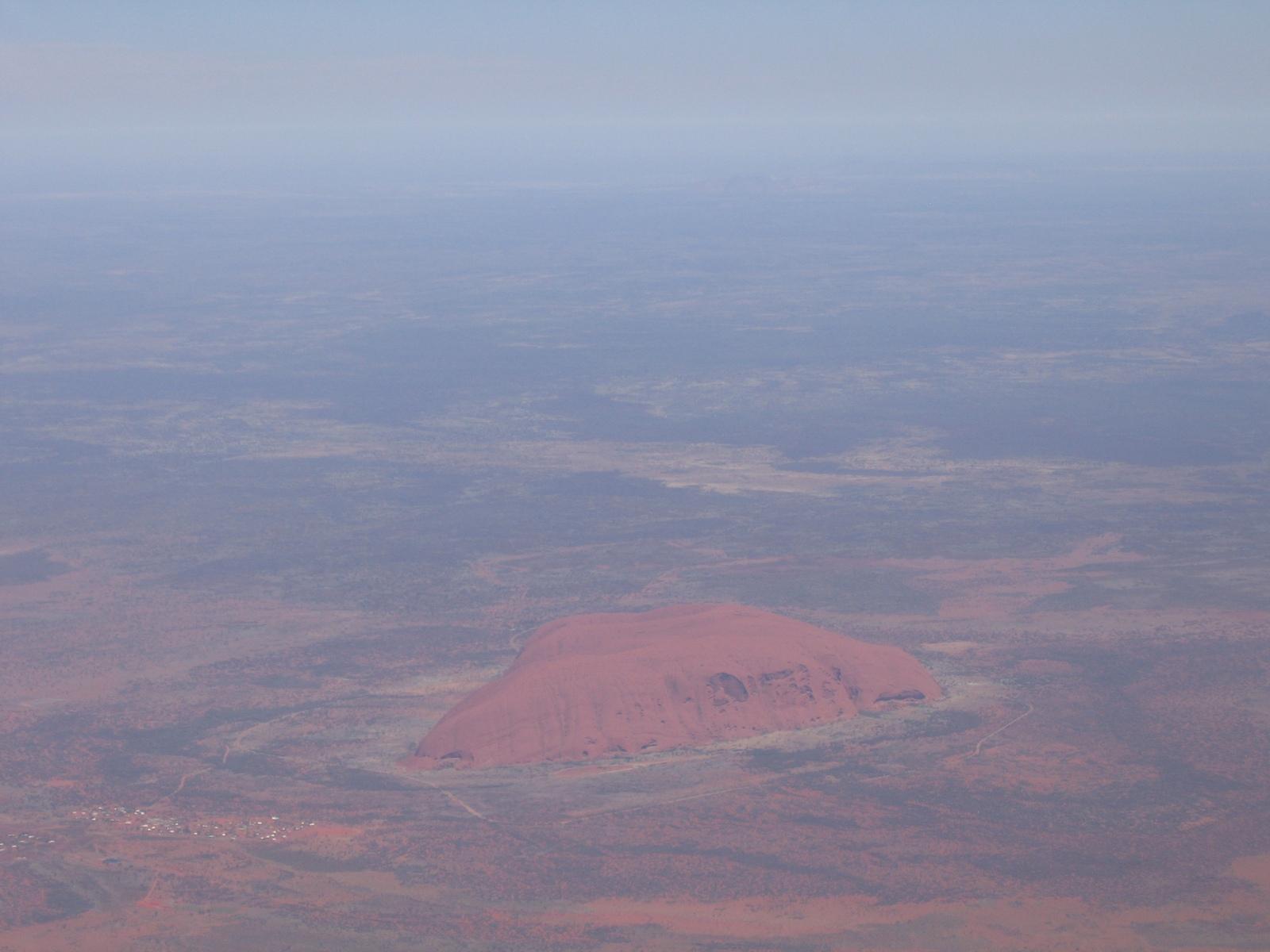 Uluru aus dem Flugzeug