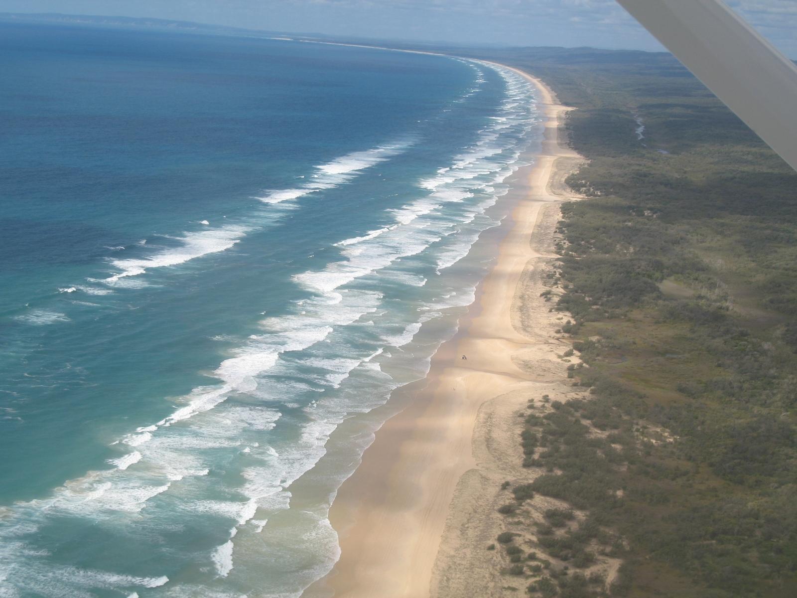 Rundflug über Fraser Island - 75 Mile Beach