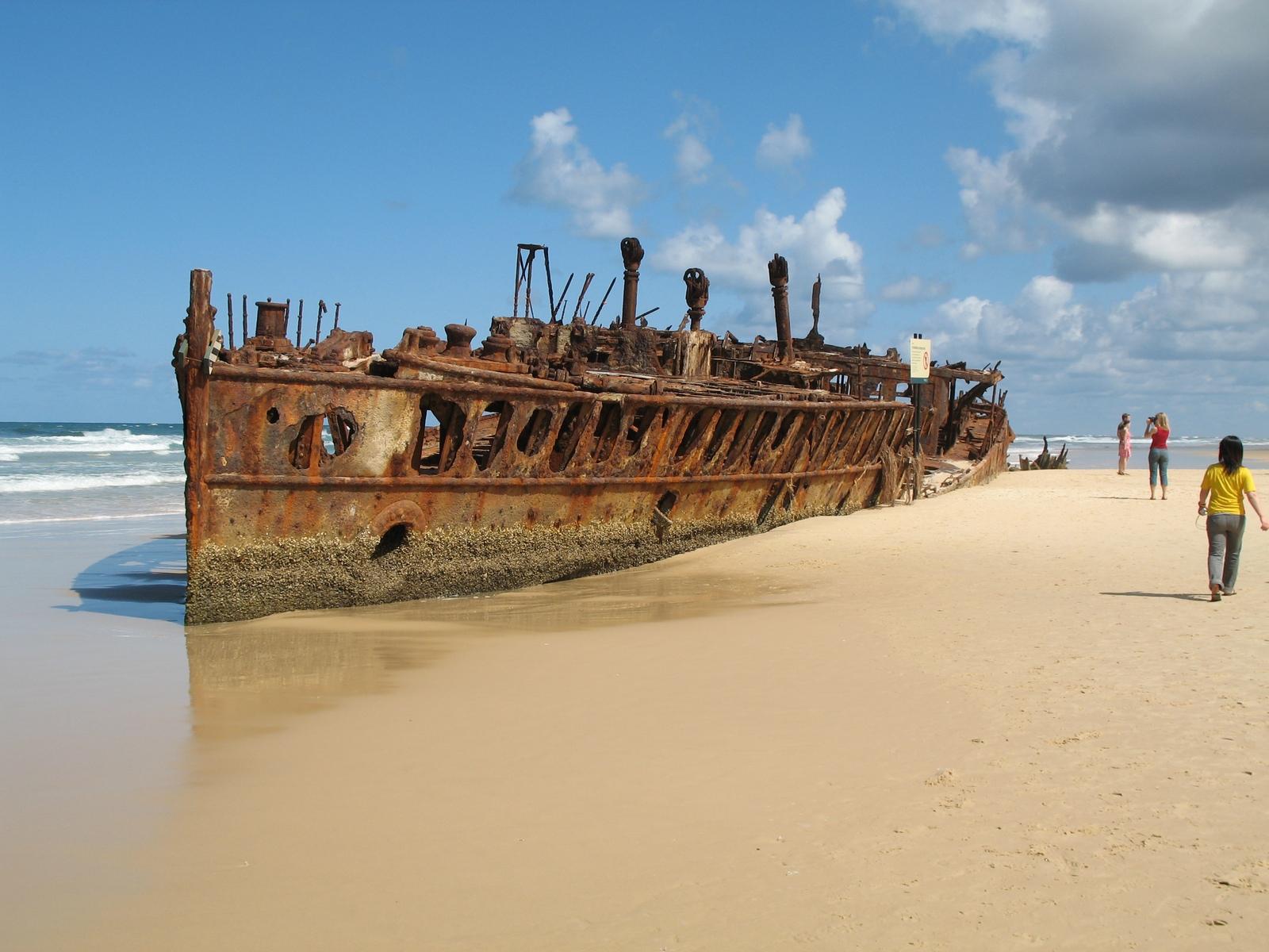 Fraser Island - SS Maheno