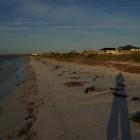 am Strand von Cervantes